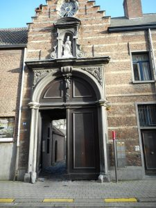 Entrance to the beguinage in the Rodestraat